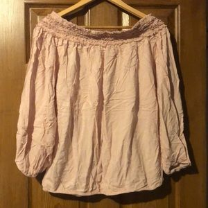Off the should blush top
